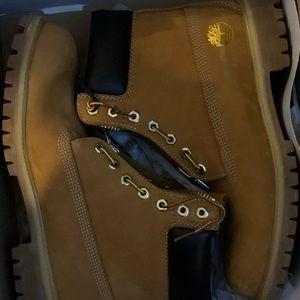 Brand new timberland boots.